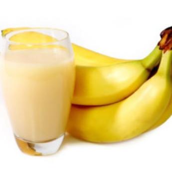 Обезжиренный молочный коктейль с бананом