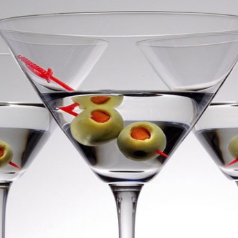 Рецепт коктейля Мартини (Сухой мартини) (Dry martini cocktail)