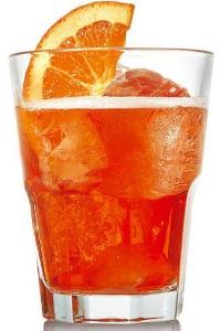 Незабываемый коктейль Венецианские брызги (Spritz Veneziano cocktail)