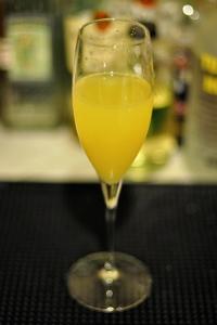 Элегантный и благородный коктейль с шампанским Д'Артаньян (D'Artagnan cocktail)