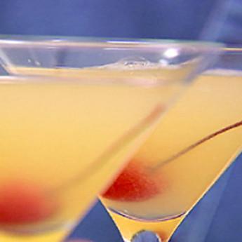 Коктейль с коньяком Человек за бортом (Man overboard cognac cocktail)