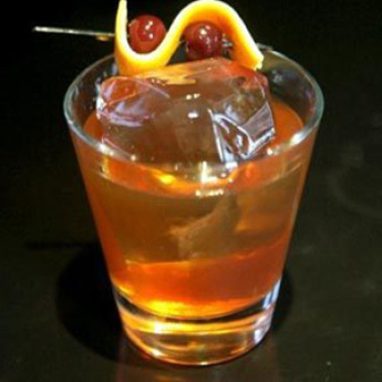 Коктейль с мартини Роб Рой (Rob Roy cocktail)