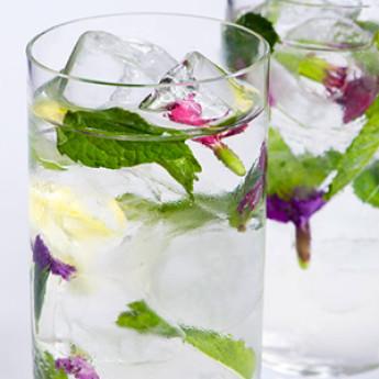 Коктейль на основе шампанского Бузина (Elderflower cocktail)