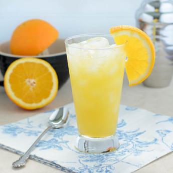 Оранжевый коктейль
