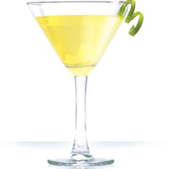 Желтый коктейль Алькудия (Alcudia cocktail)