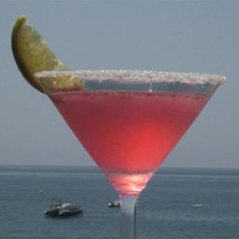Ромовый коктейль Бродяга (Beachcomber cocktail)