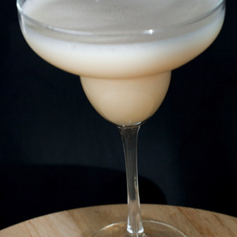 пенный коктейль Коко Маргарита