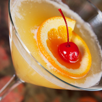 Искрящийся Флиртини с ананасовым привкусом