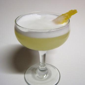 Как приготовить коктейль Имбирный сауэр