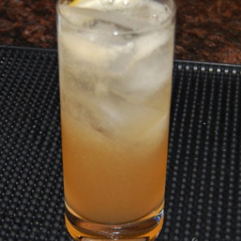 Классический коктейль Джин слинг (Gin Sling cocktail)