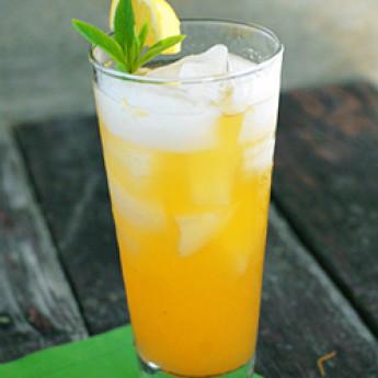 коктейль Белый персиковый джулеп (White Peach Julep cocktail)