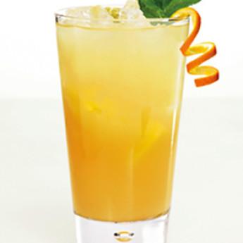Гомбо яркий коктейль