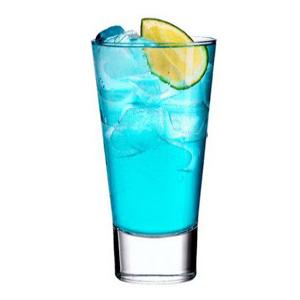 Мартини-коктейль Блондинка в синем (Blondie in Blue cocktail)