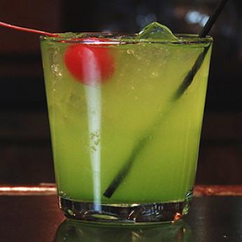 коктейль с ароматом тропиков Перл Харбор (Perl Harbor cocktail)