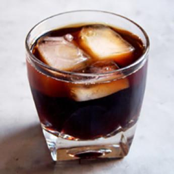 Рецепт агрессивного шутера Разбудите мертвеца (Wake the Dead cocktail)