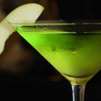 Рецепт коктейля Яблочный мартини