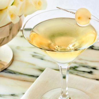 Рецепт коктейля Гибсон (Gibson cocktail)