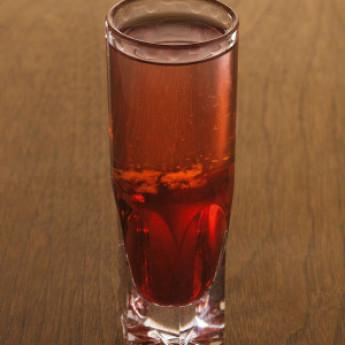 Рецепт коктейля Мертвая голова (Deadhead cocktail)