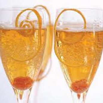 игристый коктейль «Шампань» (Champagne cocktail)