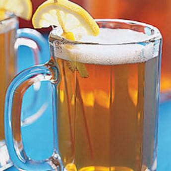 Как приготовить легкий коктейль с пивом Шенди (Shandy cocktail)